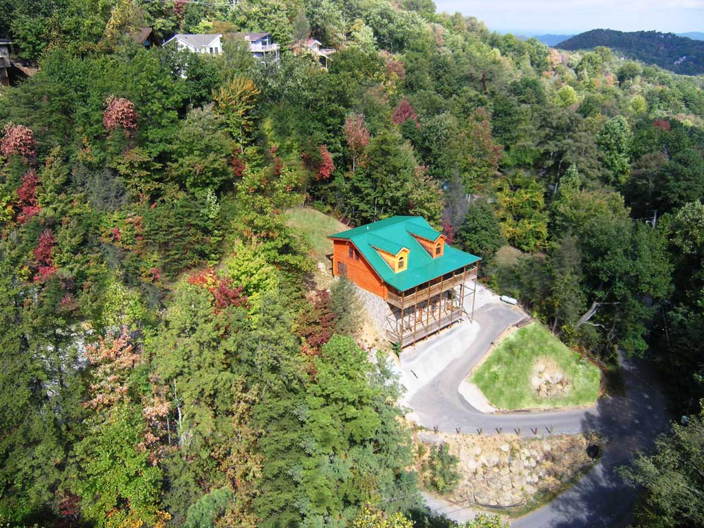 sweet retreat cabins tn cabin rental gatlinburg bedroom exterior in